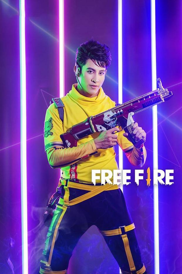 Free Fire: Lụi tim trước bộ ảnh cosplay chàng streamer Wolfrahh, điển trai như soái ca thế này thì quăng game, ngắm thôi! - Ảnh 11.