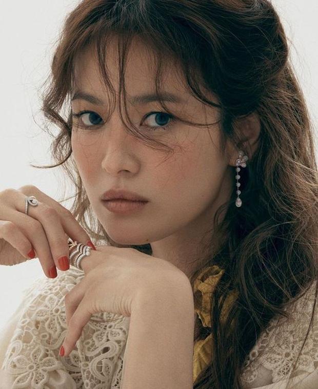 8 nữ minh tinh đắt giá nhất màn ảnh xứ Hàn: Cát xê của bà cả Thế Giới Hôn Nhân đã là gì so với chị đẹp Song Hye Kyo - Ảnh 6.