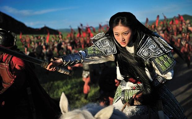 10 nữ tướng siêu ngầu màn ảnh Hoa ngữ: Ai cũng đẹp lịm người nhưng đều khó mà vượt mặt Triệu Lộ Tư ở một điểm - Ảnh 27.