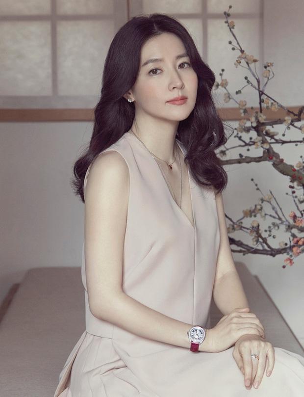 8 nữ minh tinh đắt giá nhất màn ảnh xứ Hàn: Cát xê của bà cả Thế Giới Hôn Nhân đã là gì so với chị đẹp Song Hye Kyo - Ảnh 1.