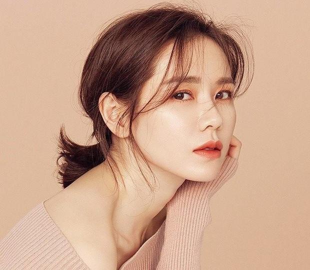 8 nữ minh tinh đắt giá nhất màn ảnh xứ Hàn: Cát xê của bà cả Thế Giới Hôn Nhân đã là gì so với chị đẹp Song Hye Kyo - Ảnh 12.