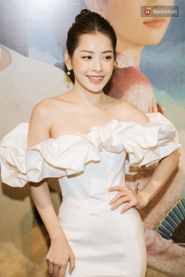 Chi Pu khẳng định sẽ có mối tình tay ba đầy nước mắt với Ngọc Trinh, tiết lộ mong muốn nhỏ nhoi là có MV đạt 100 triệu view! - Ảnh 1.