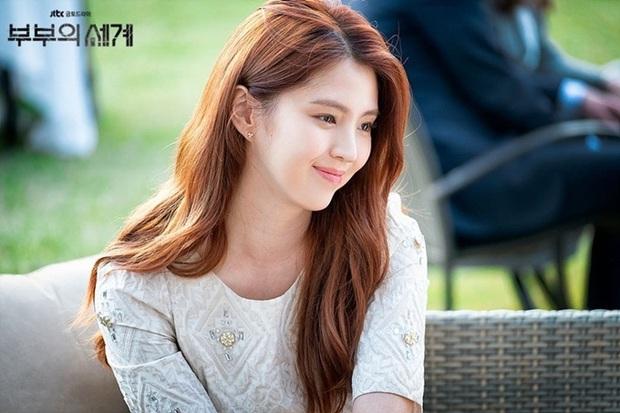 Dân Hàn điên cuồng tìm kiếm phim 19+ Thế Giới Hôn Nhân, bà cả Kim Hee Ae giật sạch spotlight của Lee Min Ho trong tháng 5 - Ảnh 2.
