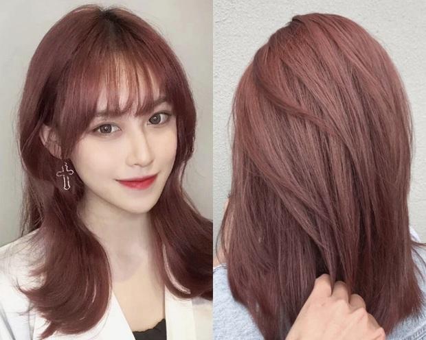 Cứ đến hè là tóc hồng lại hot, ai đang nhăm nhe lột xác thì phải cân nhắc ngay 3 tông siêu xinh mà ít đụng hàng này  - Ảnh 5.