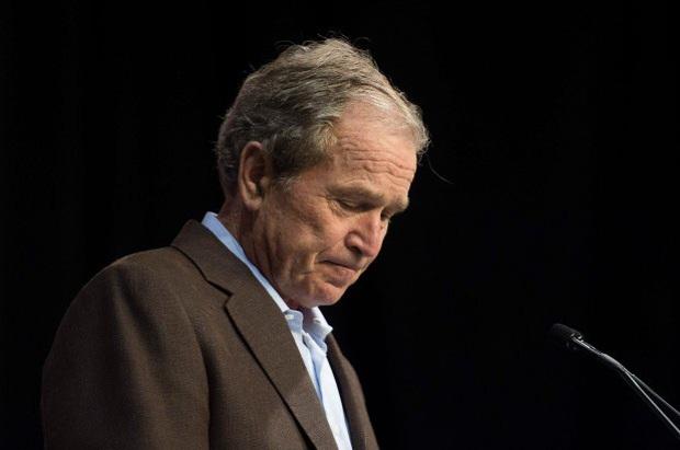 """Cựu Tổng thống George W. Bush: """"Hãy lắng nghe người biểu tình"""" - Ảnh 1."""