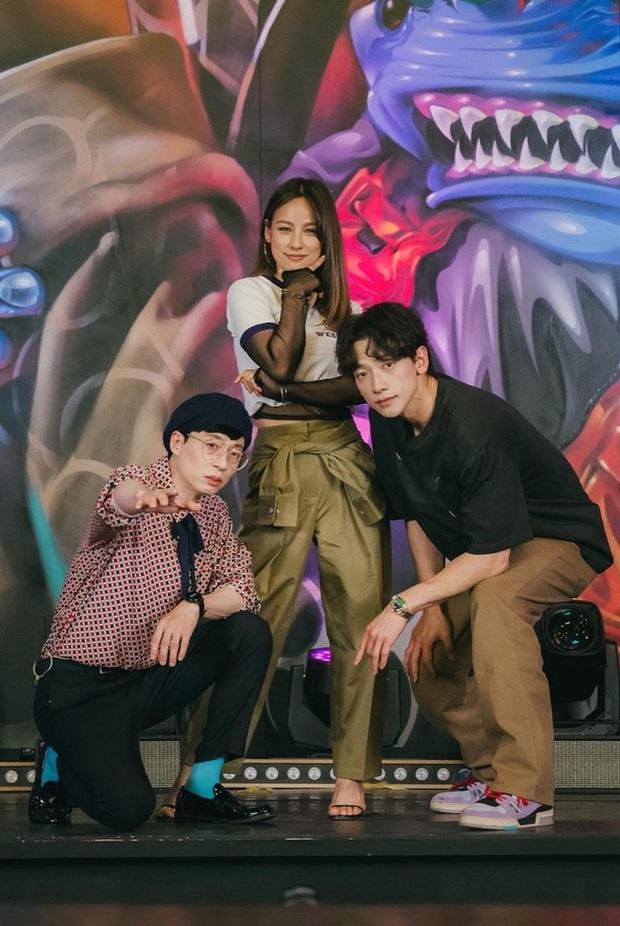 Nhóm nhạc tân binh khủng long từ Yoo Jae Suk - Lee Hyori - Bi Rain tập nhảy loạn xì ngầu khiến fan cười bò - Ảnh 6.