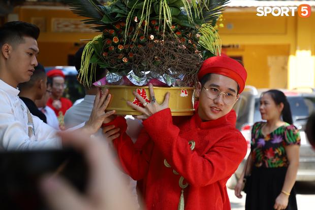Xịn như Gấu, tậu luôn dàn tuyển thủ xuất sắc nhất lịch sử Liên Quân Mobile Việt Nam làm đội bê tráp cho đám cưới khiến fan phát cuồng - Ảnh 11.