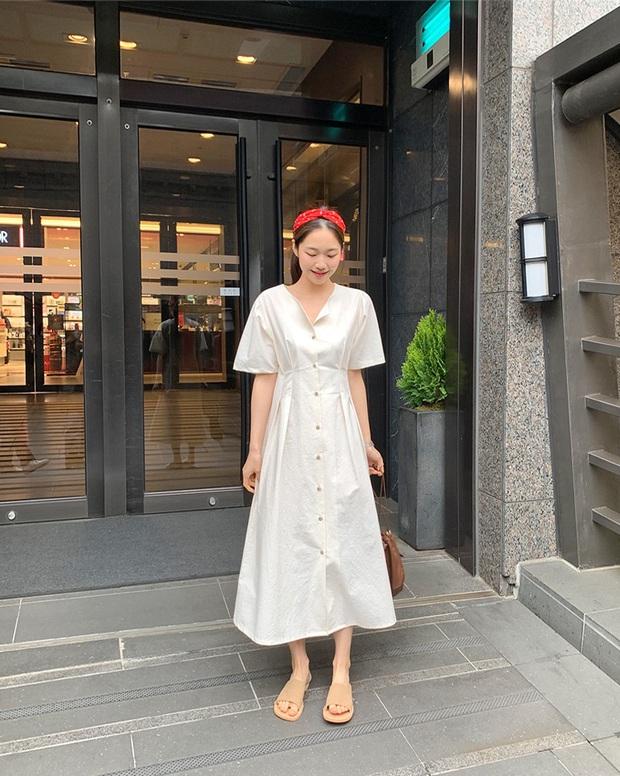 Nắng nóng kinh hoàng, nàng công sở muốn diện váy cho mát thì hãy ưu tiên 5 kiểu thanh lịch và xinh tươi hết ý sau - Ảnh 13.
