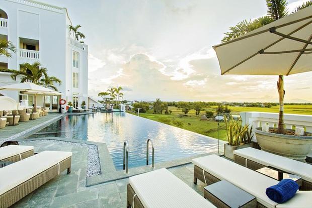 7 khách sạn, resort 4 sao ở Hội An có giá dưới 1 triệu VNĐ/đêm: Cơ hội vàng cho những ai thích sống chậm giữa lòng phố cổ bình yên - Ảnh 15.