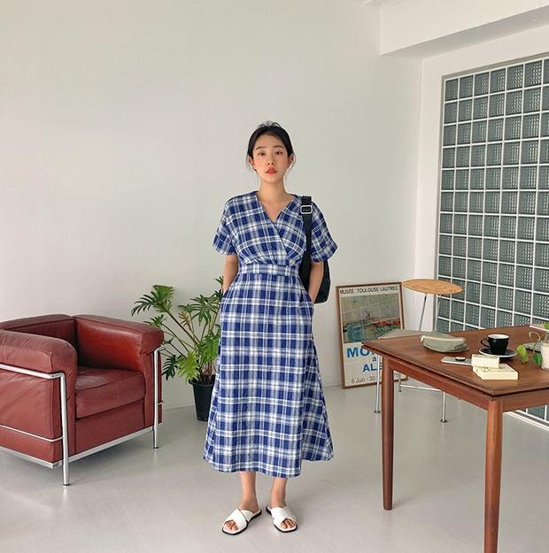 Nắng nóng kinh hoàng, nàng công sở muốn diện váy cho mát thì hãy ưu tiên 5 kiểu thanh lịch và xinh tươi hết ý sau - Ảnh 15.