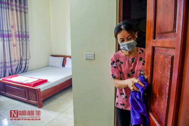 Phun khử khuẩn khu cách ly thương nhân Trung Quốc sang Lục Ngạn thu mua vải thiều - Ảnh 5.