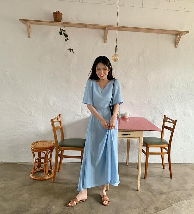 Nắng nóng kinh hoàng, nàng công sở muốn diện váy cho mát thì hãy ưu tiên 5 kiểu thanh lịch và xinh tươi hết ý sau - Ảnh 7.