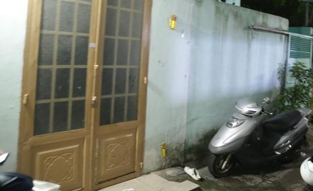 Bắt khẩn cấp gã đàn ông đánh đập dã man con gái 3 tuổi của người tình ở Sài Gòn sau khi có kết quả giám định thương tật nạn nhân - Ảnh 2.