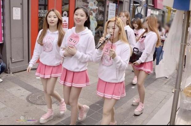 5 nữ idol debut vài lần trước khi nổi như cồn: Mỹ nhân từ cô giáo hóa thành viên của EXID, bất ngờ nhất là Sooyoung (SNSD) - Ảnh 13.