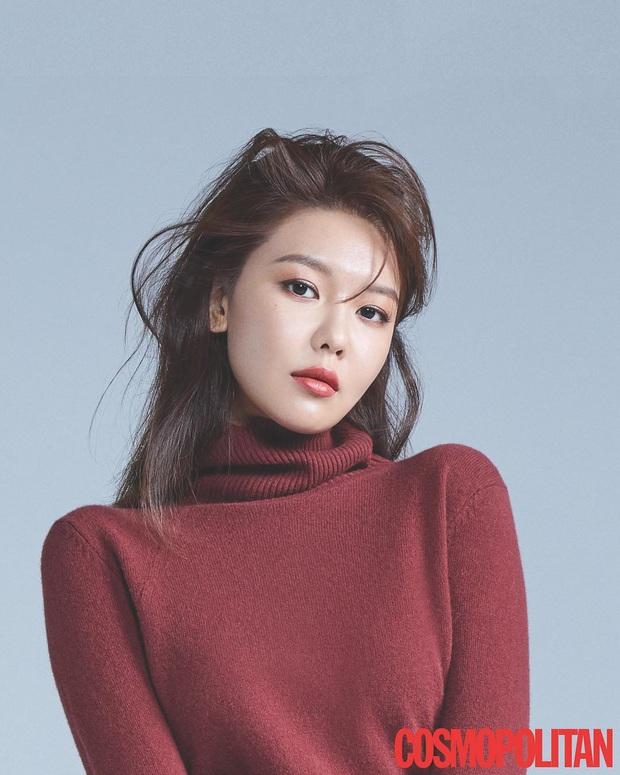5 nữ idol debut vài lần trước khi nổi như cồn: Mỹ nhân từ cô giáo hóa thành viên của EXID, bất ngờ nhất là Sooyoung (SNSD) - Ảnh 4.