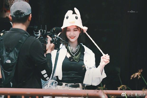 Quân đoàn THE9 rầm rập quay show: Sốc visual vì công chúa Khổng Tuyết Nhi, Ngu Thư Hân - Triệu Tiểu Đường cute xỉu - Ảnh 21.