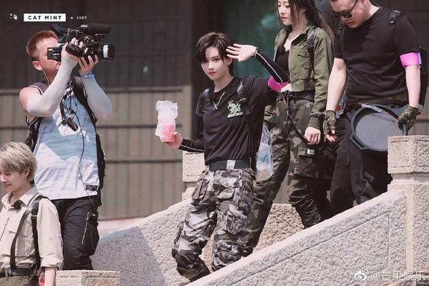 Quân đoàn THE9 rầm rập quay show: Sốc visual vì công chúa Khổng Tuyết Nhi, Ngu Thư Hân - Triệu Tiểu Đường cute xỉu - Ảnh 24.