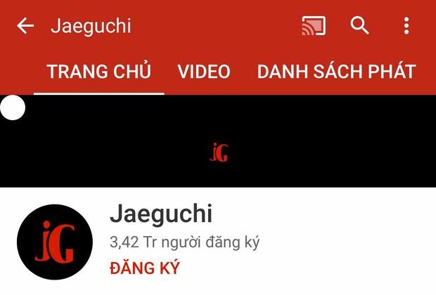 Netizen xôn xao chủ nhân kênh Youtube sở hữu loạt lyrics video trăm triệu view, bị nghi trục lợi cả tỷ đồng là người Việt Nam - Ảnh 1.