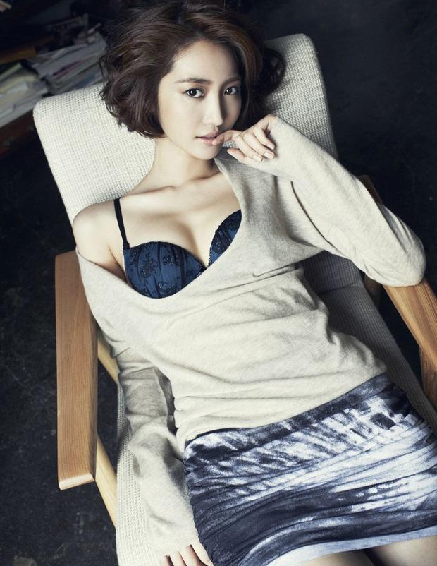 5 diễn viên Hàn lên bờ xuống ruộng vì tin đồn: Song Joong Ki ăn đủ vì tình, Lee Dong Wook - Go Jun Hee dính bê bối rúng động - Ảnh 4.