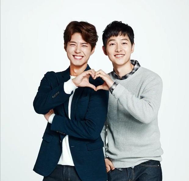 Rầm rộ hình ảnh Park Bo Gum tái ngộ Song Joong Ki giữa nghi vấn ngoại tình và ly hôn 2000 tỷ, thực hư ra sao? - Ảnh 5.