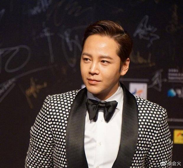 Màn giảm cân gây choáng của Jang Geun Suk khiến Cnet nức nở: Hoàng tử châu Á comeback quá xuất sắc! - Ảnh 12.