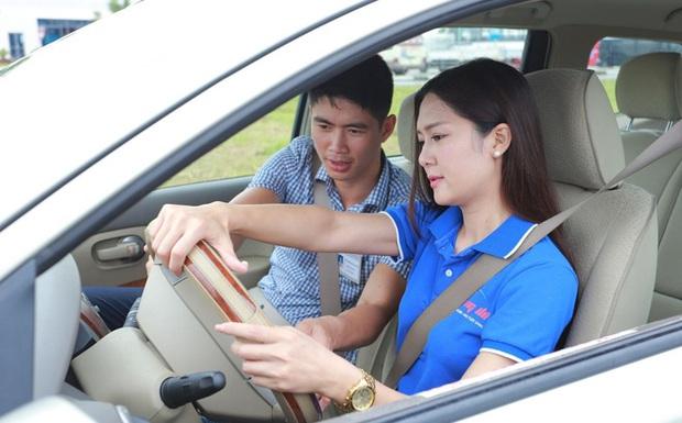 Vụ trưởng Quản lý phương tiện: Không có chuyện bằng A1 không được lái xe SH và bằng B1 không được lái ô tô - Ảnh 1.