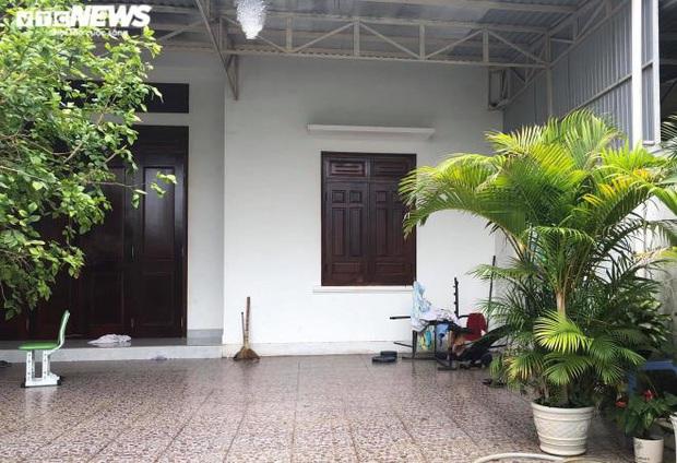 Vụ nữ nhân viên ngân hàng vỡ nợ 200 tỷ đồng ở Gia Lai: Từng gọi điện cho nhiều hàng xóm, đại lí để mượn tiền vì đáo hạn ngân hàng - Ảnh 1.