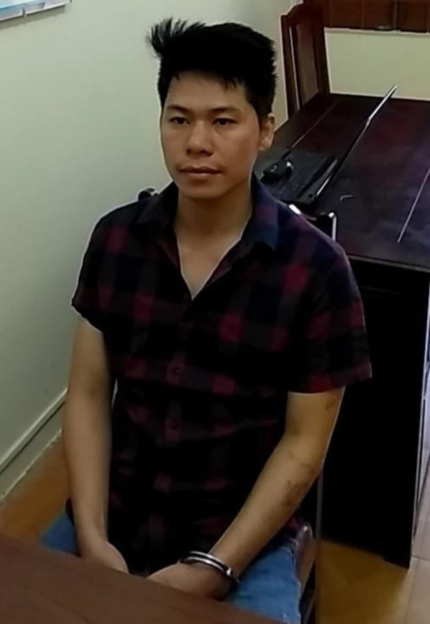 Hung thủ Lê Văn Long tại cơ quan công an.