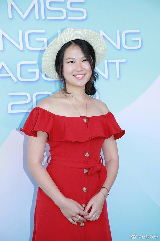 Từ mạng ảo ra đời thực, Hoa hậu Hong Kong 2020 gây thất vọng tràn trề vì nhan sắc của dàn thí sinh - Ảnh 13.