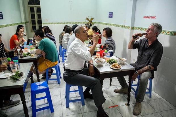 Số phận của những quán ăn Việt sau khi được các Tổng thống Mỹ ghé thăm đều thay đổi đến bất ngờ, nhưng gây tranh cãi nhất là hàng bún chả Obama - Ảnh 12.