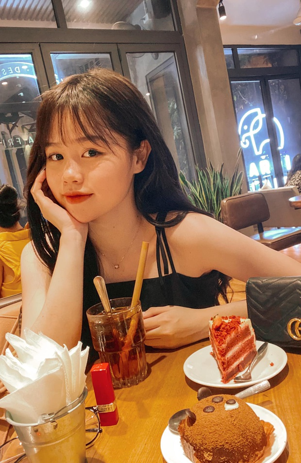Bạn gái Quang Hải giải thích khi bị dân tình bắt lỗi sai chính tả cơ bản vì xa Việt Nam 12 năm, đang nắm bắt lại đây - Ảnh 1.