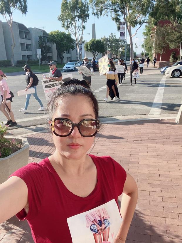 #BlackLivesMatter: Thuý Nga cập nhập tình hình tại Mỹ , MC Nguyễn Cao Kỳ Duyên lên TV vì cửa hàng bị đập phá - Ảnh 4.