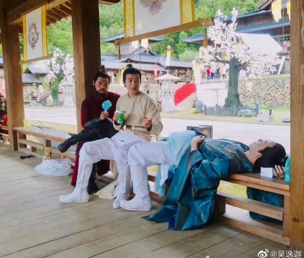 Cười lạc giọng với loạt hậu trường siêu nhây của Trần Thiên Thiên Trong Lời Đồn - Ảnh 17.