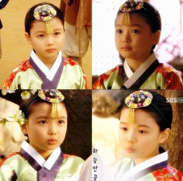 10 diễn viên Hàn thoát mác sao nhí ngoạn mục: Dậy thì thần thánh, 2 nữ thần Mặt trăng ôm mặt trời gặp đối thủ từ nhà SM - Ảnh 21.
