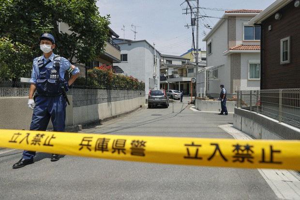 Nam sinh dùng nỏ bắn tử vong và bị thương 4 người trong gia đình gây chấn động Nhật Bản - Ảnh 2.