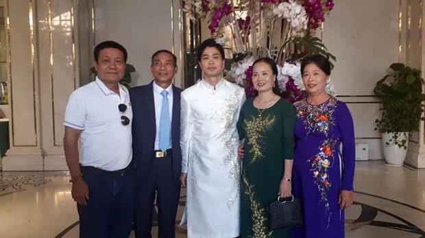 Lạch Tray thất thủ là quà cưới đặc biệt cho Công Phượng - Viên Minh ở thành phố hoa phượng đỏ - Ảnh 1.