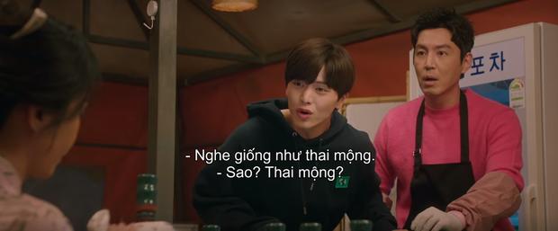 Vừa nhẵn túi vì chơi game, dì hai Hwang Jung Eum bị Diêm Vương tịch thu luôn quán vì tội ăn cắp ở tập 6 Mystic Pop-up Bar - Ảnh 2.