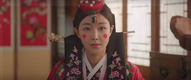 Vừa nhẵn túi vì chơi game, dì hai Hwang Jung Eum bị Diêm Vương tịch thu luôn quán vì tội ăn cắp ở tập 6 Mystic Pop-up Bar - Ảnh 8.