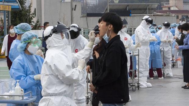 Hàn Quốc truy tìm các ca Covid-19 không triệu chứng trong khu vực đô thị - Ảnh 1.