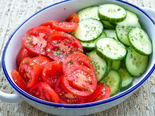 4 loại thực phẩm ăn cùng cà chua chưa chắc đã tốt, đặc biệt là loại số 3 sẽ dễ hại thân - Ảnh 3.