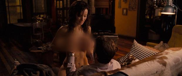 Chuyện ít người biết về 6 hậu trường cảnh nóng Hollywood: Chồng làm đạo diễn trực tiếp chỉ đạo vợ gần gũi bạn diễn? - Ảnh 4.