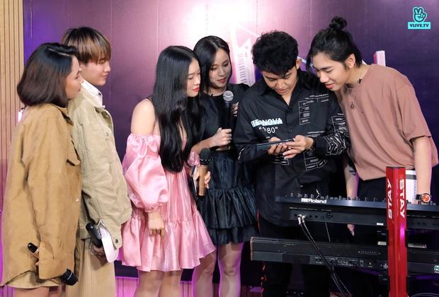 Mix-In Show: SGO48 và P336 đọ giọng cao trong hit mới của Erik - Ảnh 8.