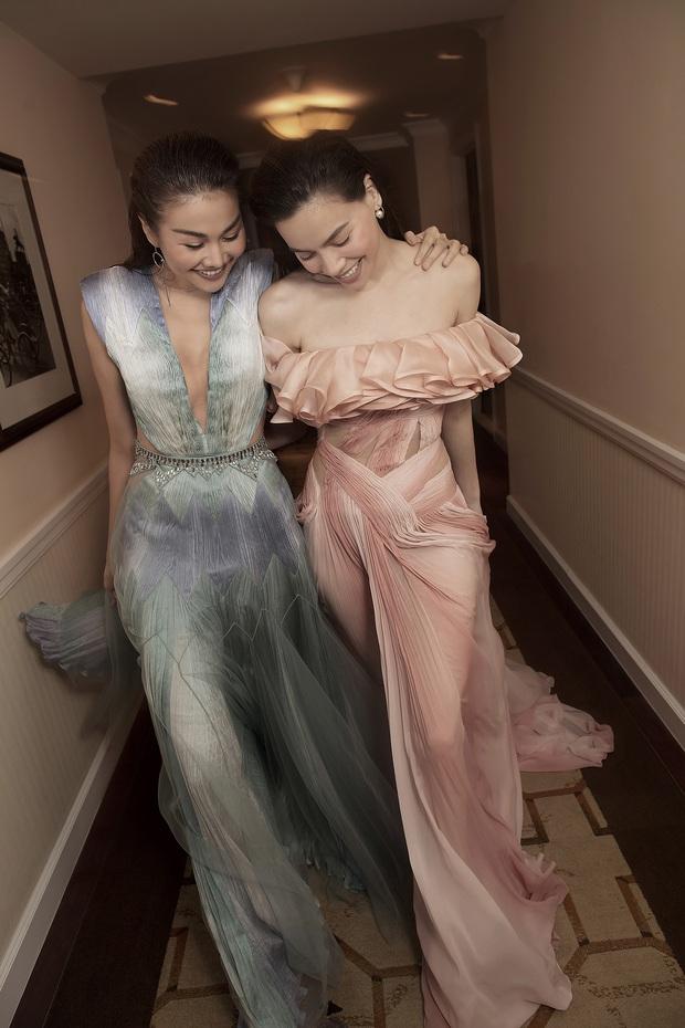 Được thực hiện khi mới có tin vui, bộ ảnh Hà Hồ - Thanh Hằng trong trang phục Công Trí lên hẳn Vogue - Ảnh 3.