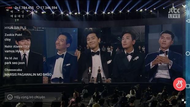 3 khoảnh khắc hot nhất Baeksang 2020: Son Ye Jin bận kẻ chân mày không muốn tiếp Jung Hae In,  IU chung mâm cùng đàn chị đình đám - Ảnh 3.