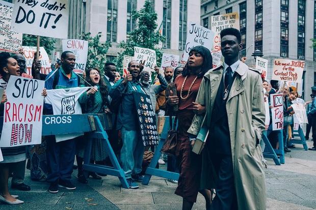 Xem 8 phim về nạn phân biệt chủng tộc này để hiểu tại sao người Mỹ xuống đường vì quyền sống của người da màu - Ảnh 16.