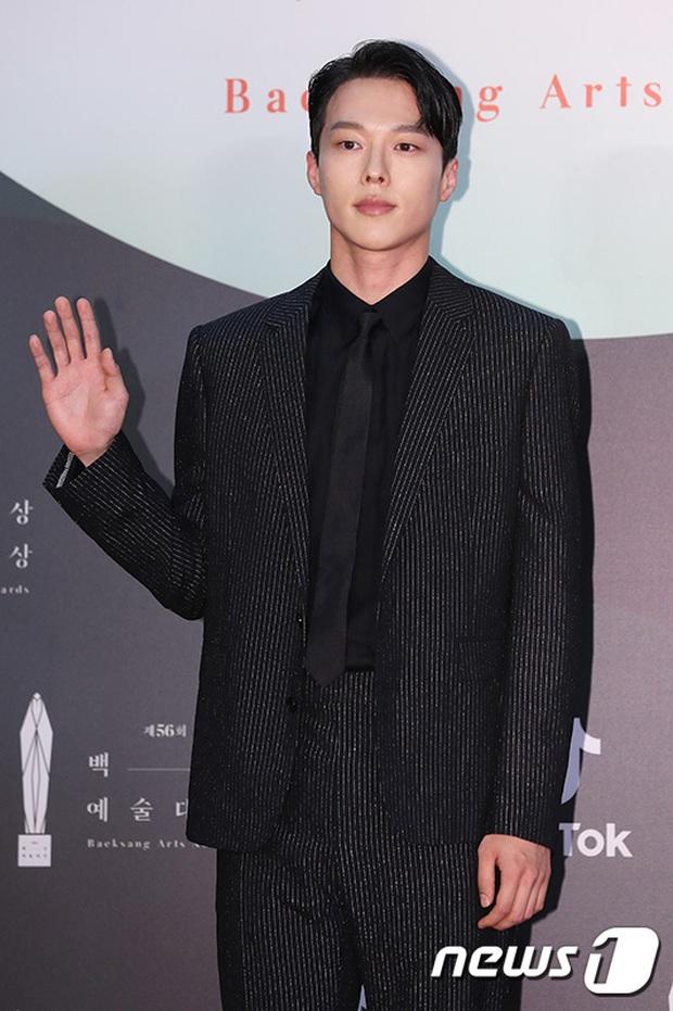 Siêu thảm đỏ Baeksang 2020: Son Ye Jin - Hyun Bin, Park Bo Gum - Suzy thái độ lạ, tiểu tam Thế giới hôn nhân lấn át cả IU, Seohyun - Ảnh 43.