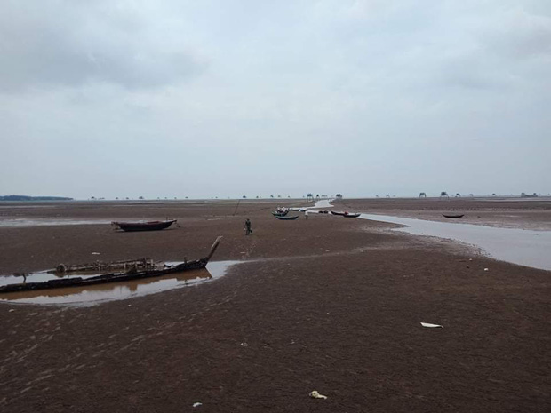 """Thực hư bãi biển được mệnh danh """"Phú Quốc thu nhỏ"""" của miền Bắc: Sao ảnh mạng và ngoài đời khác nhau """"một trời một vực"""" thế nhỉ? - Ảnh 12."""