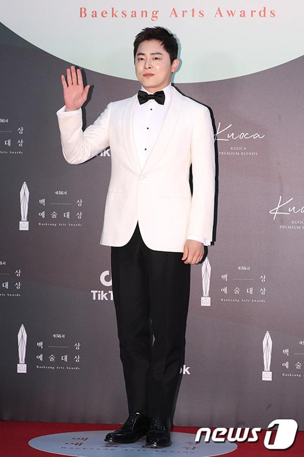Siêu thảm đỏ Baeksang 2020: Son Ye Jin - Hyun Bin, Park Bo Gum - Suzy thái độ lạ, tiểu tam Thế giới hôn nhân lấn át cả IU, Seohyun - Ảnh 34.