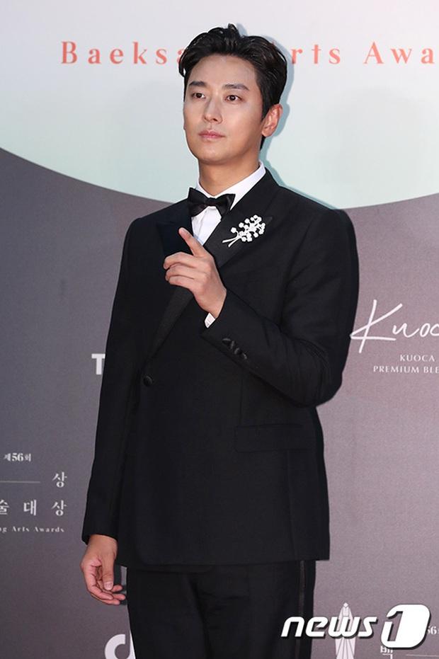 Siêu thảm đỏ Baeksang 2020: Son Ye Jin - Hyun Bin, Park Bo Gum - Suzy thái độ lạ, tiểu tam Thế giới hôn nhân lấn át cả IU, Seohyun - Ảnh 35.