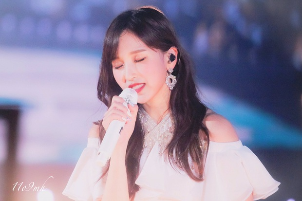 Chịu chơi như nữ idol Mina (Twice), đầu tư hẳn dàn PC cực xịn để rảnh tay thì cày game - Ảnh 7.